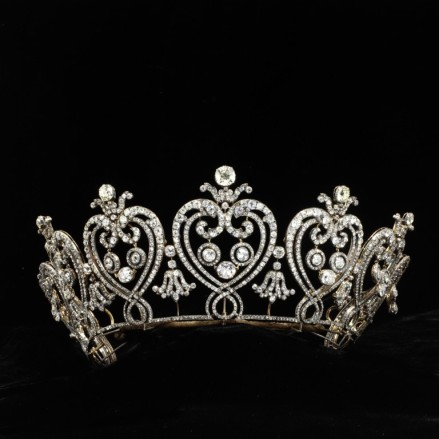 Manchester Tiara - courtesy of collections.vam.ac.uk