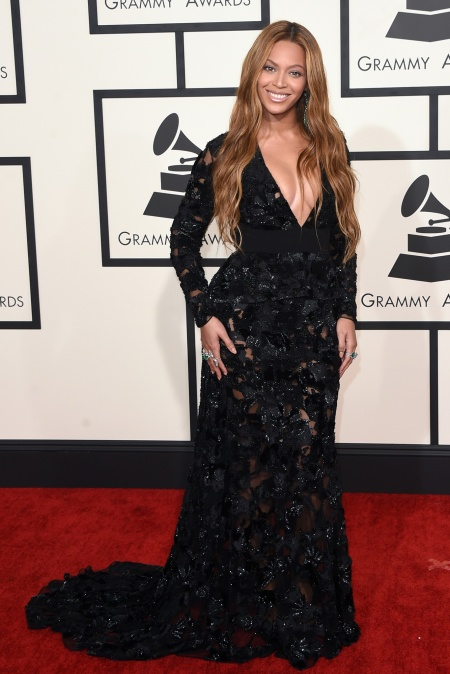 Beyonce in custom Proenza Schouler with Lorraine Schwartz jewels - Courtesy of style.com