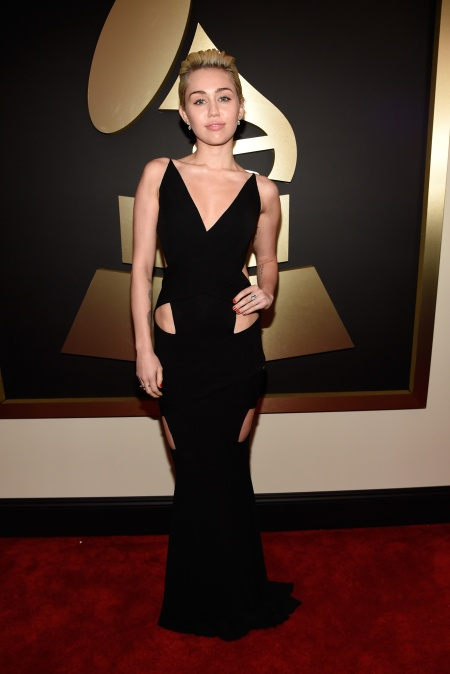 Miley Cyrus in Alexandre Vauthier with Lorraine Schwartz jewels - Courtesy of style.com