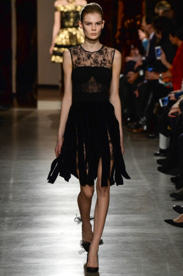 Oscar de la Renta - Courtesy of style.com14