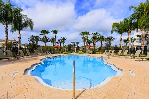 Villas Pool - Courtesy of totalorlando.com