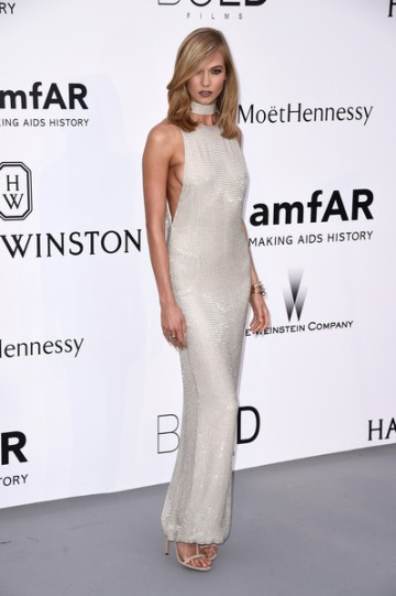 Karlie Kloss in Tom Ford - Courtesy of stylebistro.com