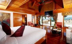 Reuan Thai Villa in Phuket, Thailand - Courtesy of homeaway.com