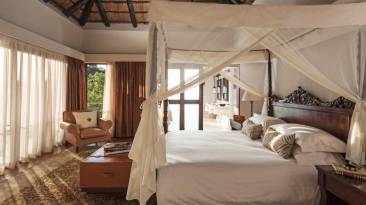 Four Seasons Safari Lodge Presidential Villa - Courtesy of Four Seasons Resorts