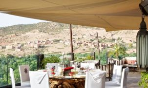 Kasbah Tamadot Outdoor Dining - Courtesy of Kasbah Tamadot