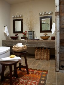 Mustang Monument Cottage Bathroom - Courtesy of mustangmonument.com