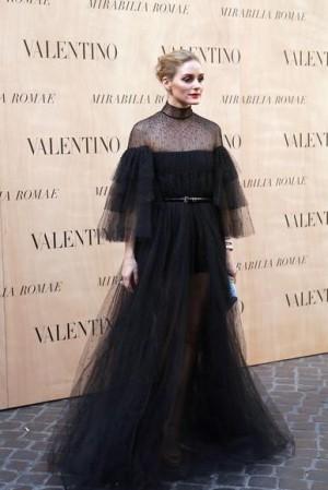 olivia-palermo-valentino-haute-couture-fashion-show-md207163