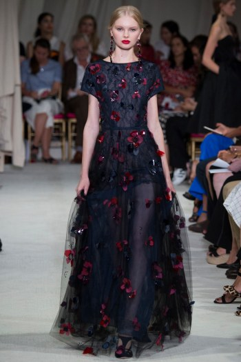 Oscar de la Renta - Photo by Yannis Vlamos - Indigital Images14