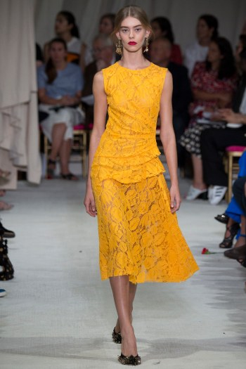 Oscar de la Renta - Photo by Yannis Vlamos - Indigital Images7