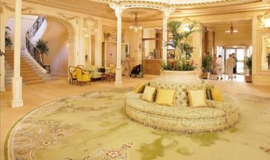 Hotel Hermitage - Courtesy of filfranck.com