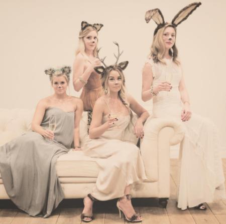 Lauren Conrad and friends as party animals - Photo laurenconrad - Instagram