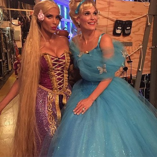 Padma Lakshmi and Molly Sims as Rapunzel and Cinderella - Photo padmalakshmi - Instagram