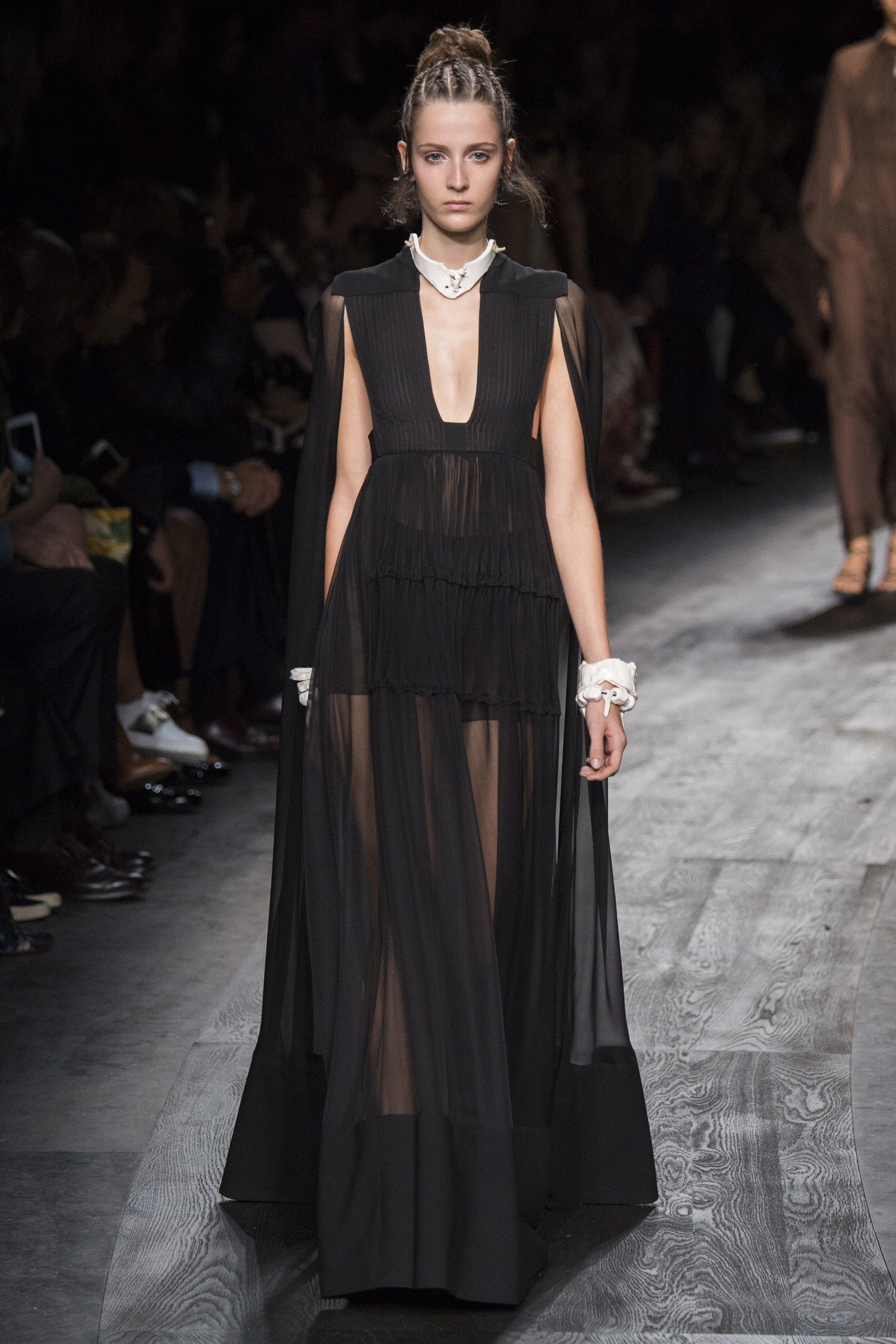 Valentino - Photo by Yannis Vlamos - Indigital Images37