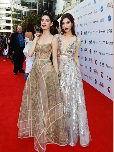 Lisa and Jessica Origliasso Of The Veronicas In J'Aton Couture - Lisa Maree Williams - Getty Images