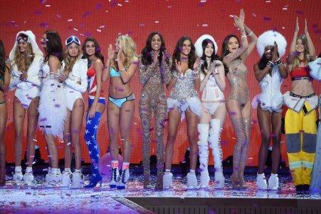 Victoria's Secret Fashion Show 2015 - Photo Dimitrios Kambouris - Getty Images