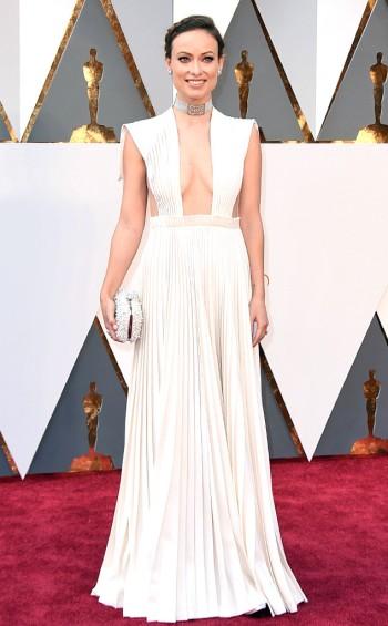 Olivia Wilde in Valentino - Jordan Strauss - Invision - AP.jpg