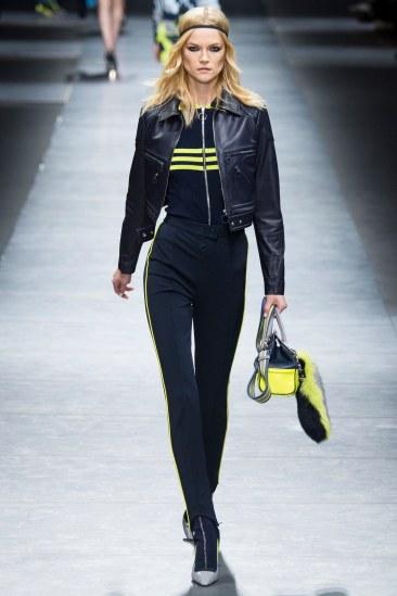 Versace - Photo Yannis Vlamos - Indigital17