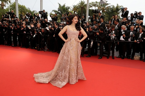 Aishwarya Rai Bachchan in Ali Younes - Photo credit AFP-Getty Images - The Luxe Lookbook