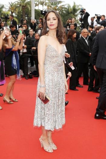 Berenice Bejo in Valentino - Courtesy of buro247.sg - The Luxe Lookbook