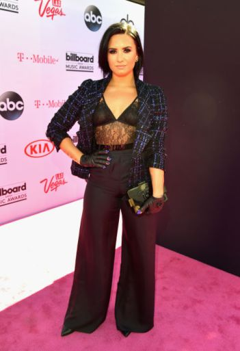 Demi Lovato in Chanel - Photo credit - Getty - The Luxe Lookbook