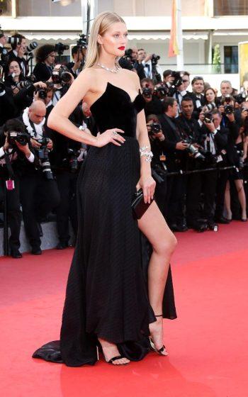 Toni Garrn - Photo credit Julien Warnand - The Luxe Lookbook