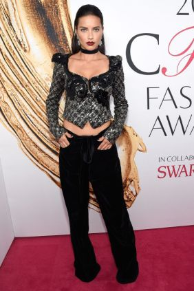Adriana Lima in Michael Kors at CFDA Awards 2016 - Photo credit - Getty Images