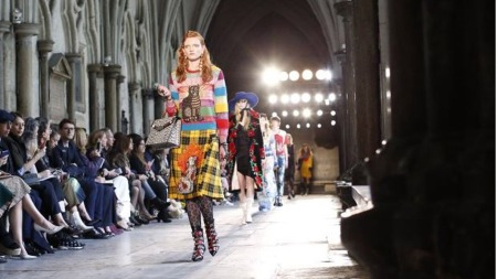 Gucci at Westminster Abbey - Photo credit - Tirolerein.at - The Luxe Lookbook
