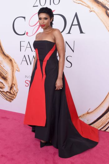 Jennifer Hudson in Prabal Gurung and Kut Geiger shoes at CFDA Awards 2016 - Photo credit - Getty Images - The Luxe Lookbook