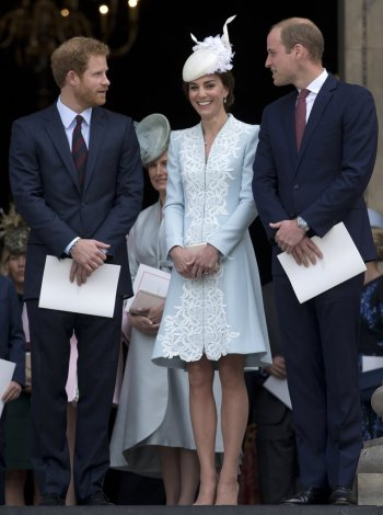 Kate Middleton - Photo credit-Justin Tallis-Getty - The Luxe Lookbook