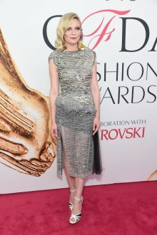 Kirsten Dunst in Rodarte at CFDA Awards 2016 - Photo credit - Getty Images - The Luxe Lookbook