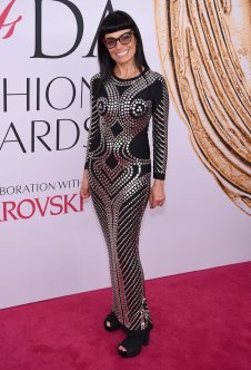 Norma Kamali at CFDA Awards 2016 - Photo credit - Getty Images - The Luxe Lookbook