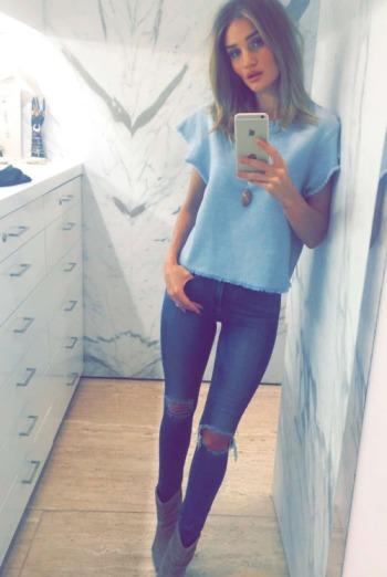 Rosie Huntington-Whitely - Snapchat - The Luxe Lookbook