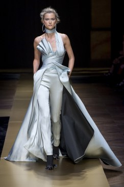 Atelier Versace - Photo credit-Yannis Vlamos-Indigital.tv - The Luxe Lookbook4
