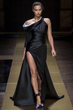 Atelier Versace - Photo credit-Yannis Vlamos-Indigital.tv - The Luxe Lookbook5