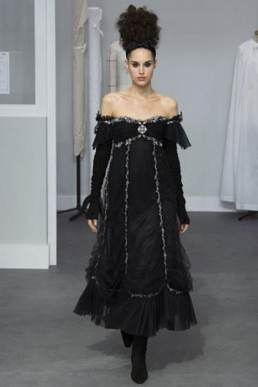 Chanel - Photo credit - Yannis Vlamos-Indigital.tv - The Luxe Lookbook30