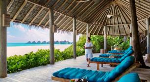 Six Senses Laamu - Courtesy of booking.com - The Luxe Lookbook5