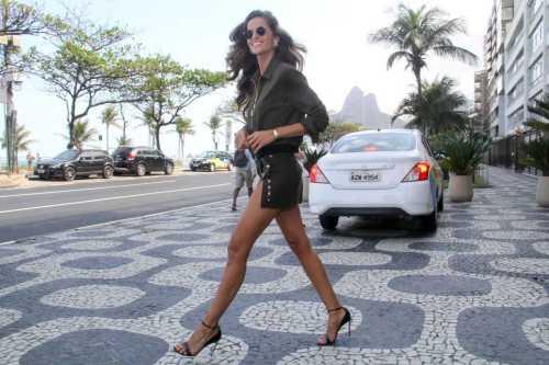 Izabel Goulart - Photo credit-stalkcelebs.com - The Luxe Lookbook