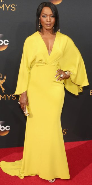 angela-bassett-photo-by-todd-williamson-getty-images-the-luxe-lookbook