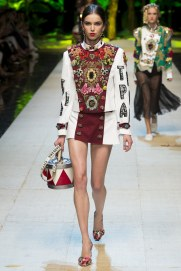 dolce-and-gabbana-photo-by-yannis-vlamos-indigital-tv-the-luxe-lookbook