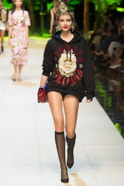 dolce-and-gabbana-photo-by-yannis-vlamos-indigital-tv-the-luxe-lookbook10
