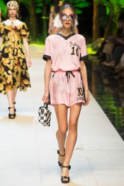dolce-and-gabbana-photo-by-yannis-vlamos-indigital-tv-the-luxe-lookbook24