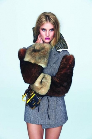 Rosie Huntington-Whiteley - Photo credit - David Bellemeare for Elle - The Luxe Lookbook1