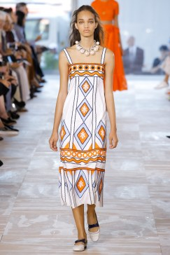 tory-burch-photo-credit-luca-tombolini-indigital-tv-the-luxe-lookbook12
