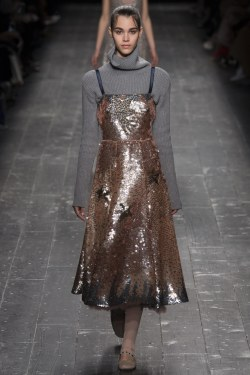Valentino - Photo Yannis Vlamos - Indigital - The Luxe Lookbook