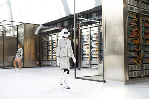 chanel-photo-by-alessandro-garofalo-indigital-tv-the-luxe-lookbook1