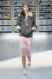 chanel-photo-by-yannis-vlamos-indigital-tv-the-luxe-lookbook23