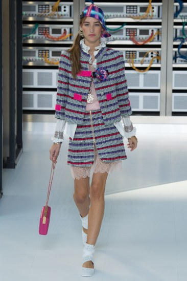 chanel-photo-by-yannis-vlamos-indigital-tv-the-luxe-lookbook4