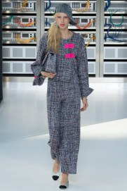 chanel-photo-by-yannis-vlamos-indigital-tv-the-luxe-lookbook9