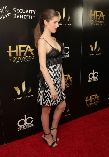 anna-kendrick-at-the-2016-hollywood-film-awards-hawtcelebs-com-the-luxe-lookbook