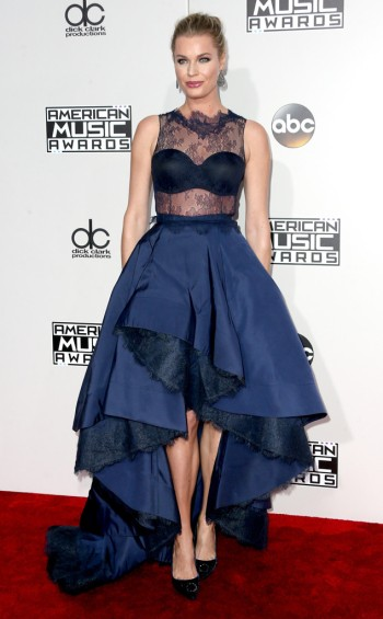 rebecca-romijn-in-rita-vinieris-at-2016-amas-frederick-m-brown-getty-the-luxe-lookbook